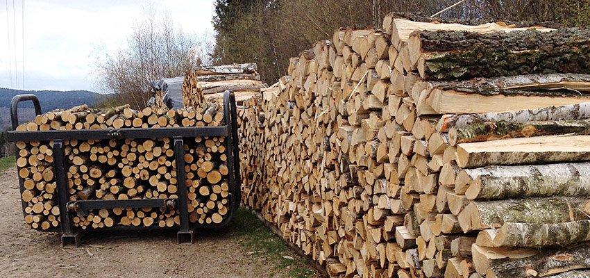 Brennholz Holzstapel